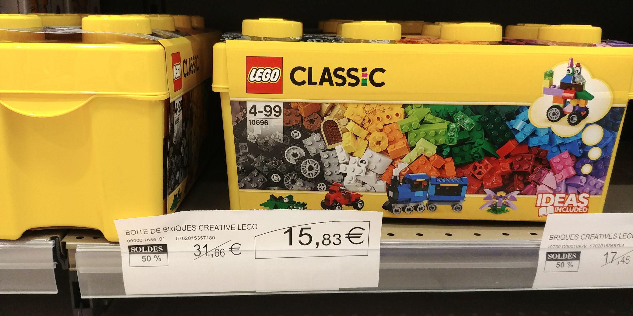 Jouet Lego Classic - Les briques créatives (10692) à 8.72€ ou La boîte de briques créatives (10696) à 15.83€ au Super U Reims (51)