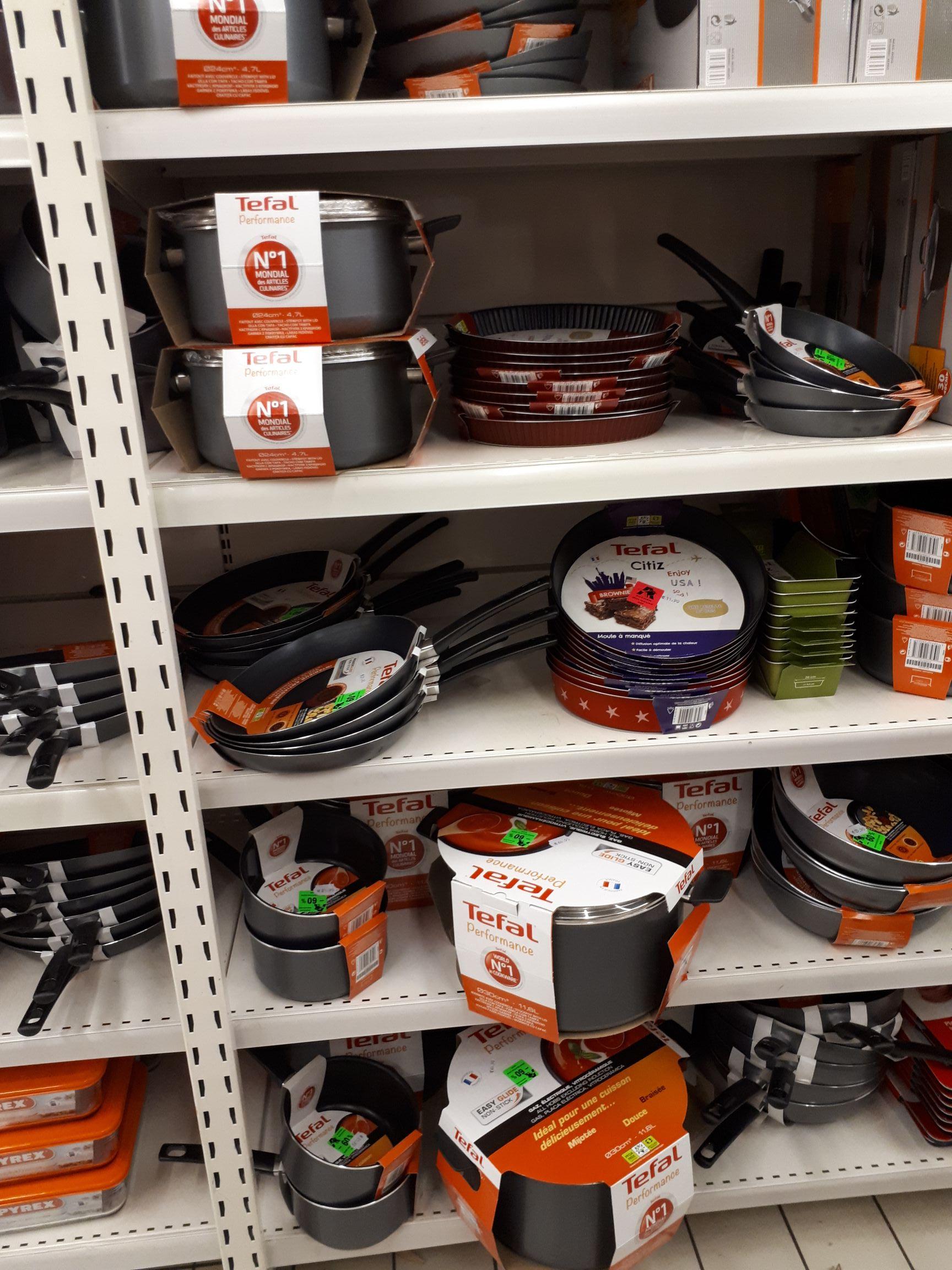 Sélection de Poêles/casseroles Tefal en promotion - Ex : Faitout - 30cm avec couvercle, Tous feux sauf induction - Auchan Mulhouse (68)