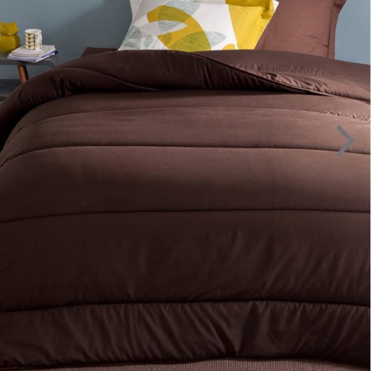couette synth tique microfibre couleur 200 g m 240x220cm. Black Bedroom Furniture Sets. Home Design Ideas