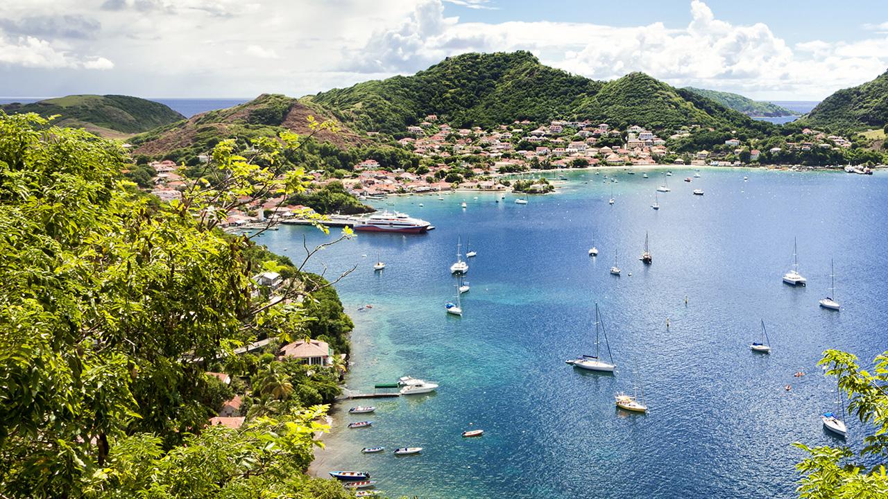 Vols A/R en Promotion de Paris (ORY) vers les Antilles (Martinique / Guadeloupe) à effectuer en Mai / Juin ou Septembre / Octobre 2018