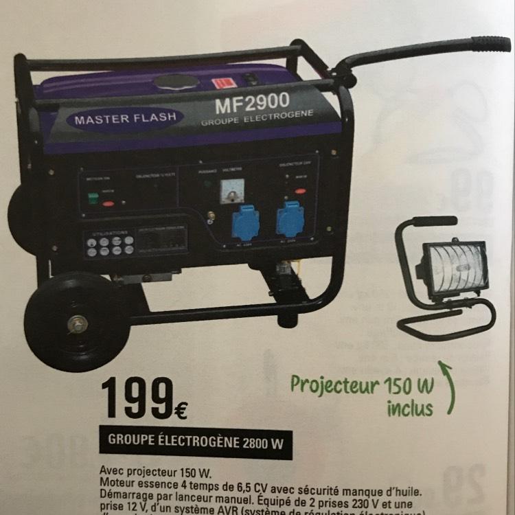 Groupe électrogène MasterFlash MF900 (2800 W) + projecteur (150 W)