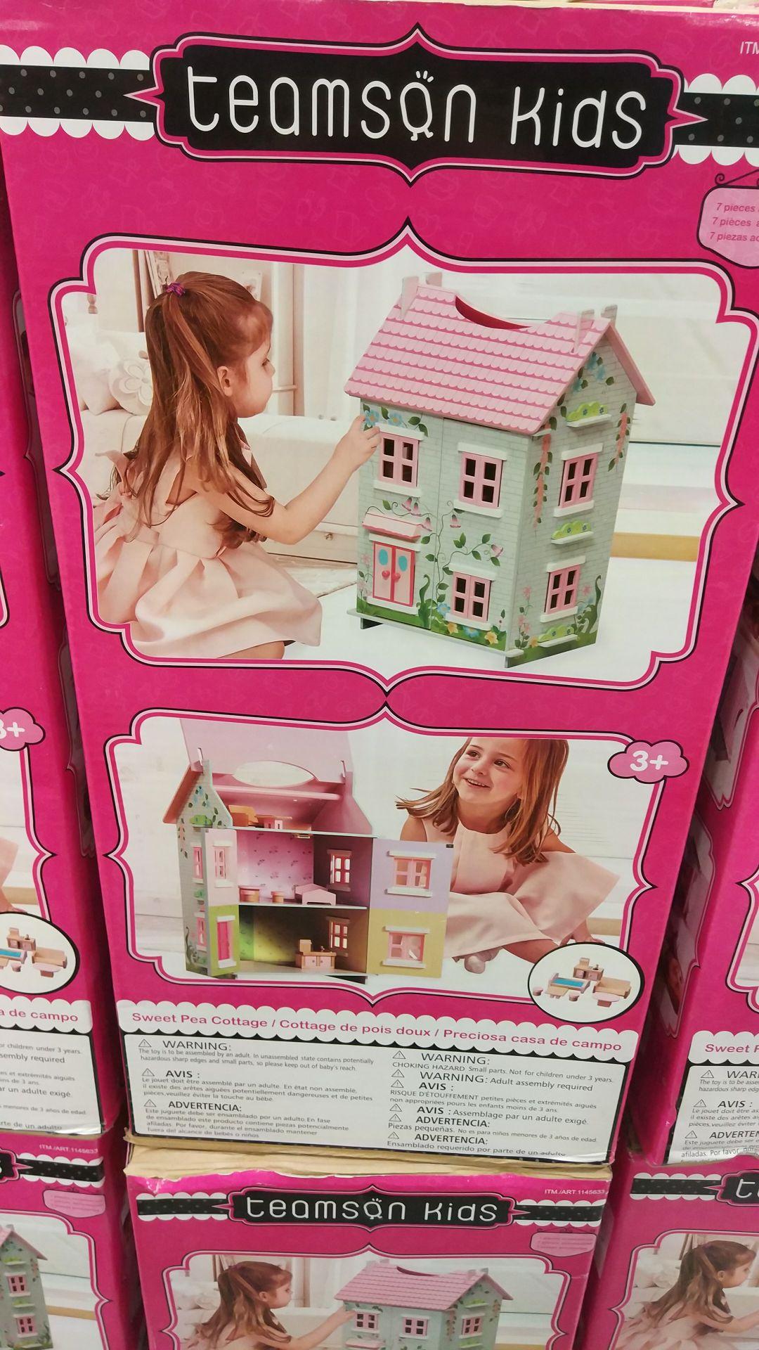 [Clients CostCo] Sélection de produits en soldes - Ex : Petite maison de poupée - Costco Villebon-Sur-Yvette (91)