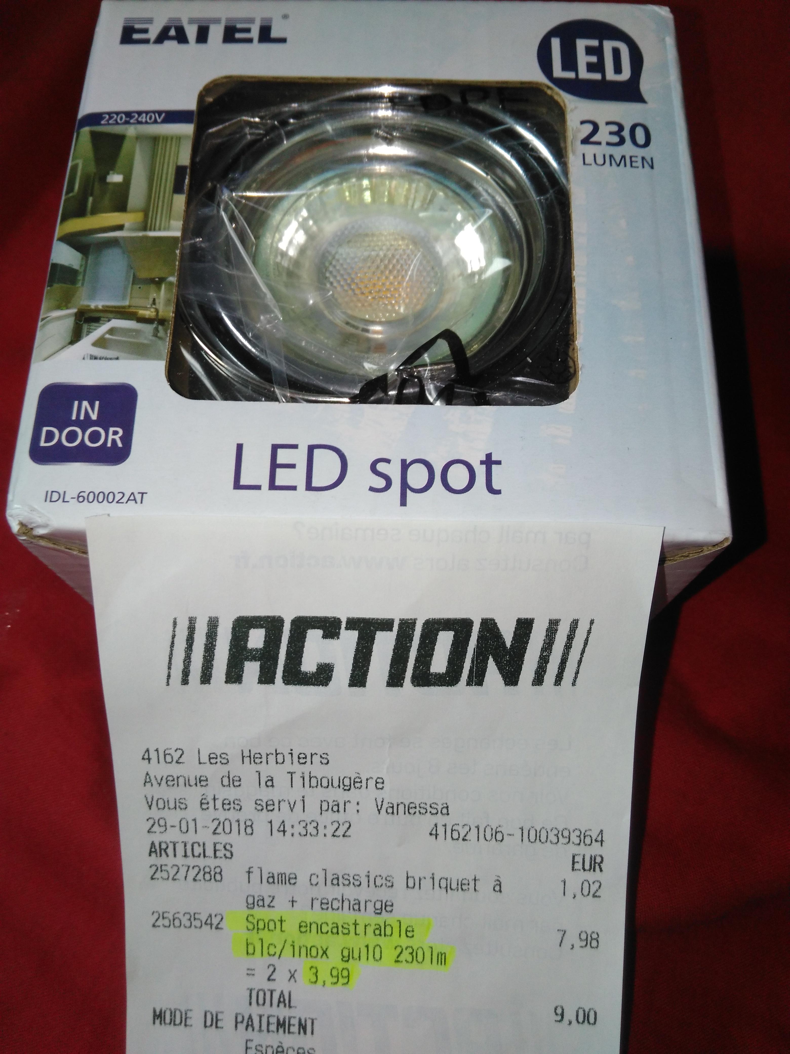 Spot encastrable orientable avec lampe LED incluse - Les Herbiers (85)