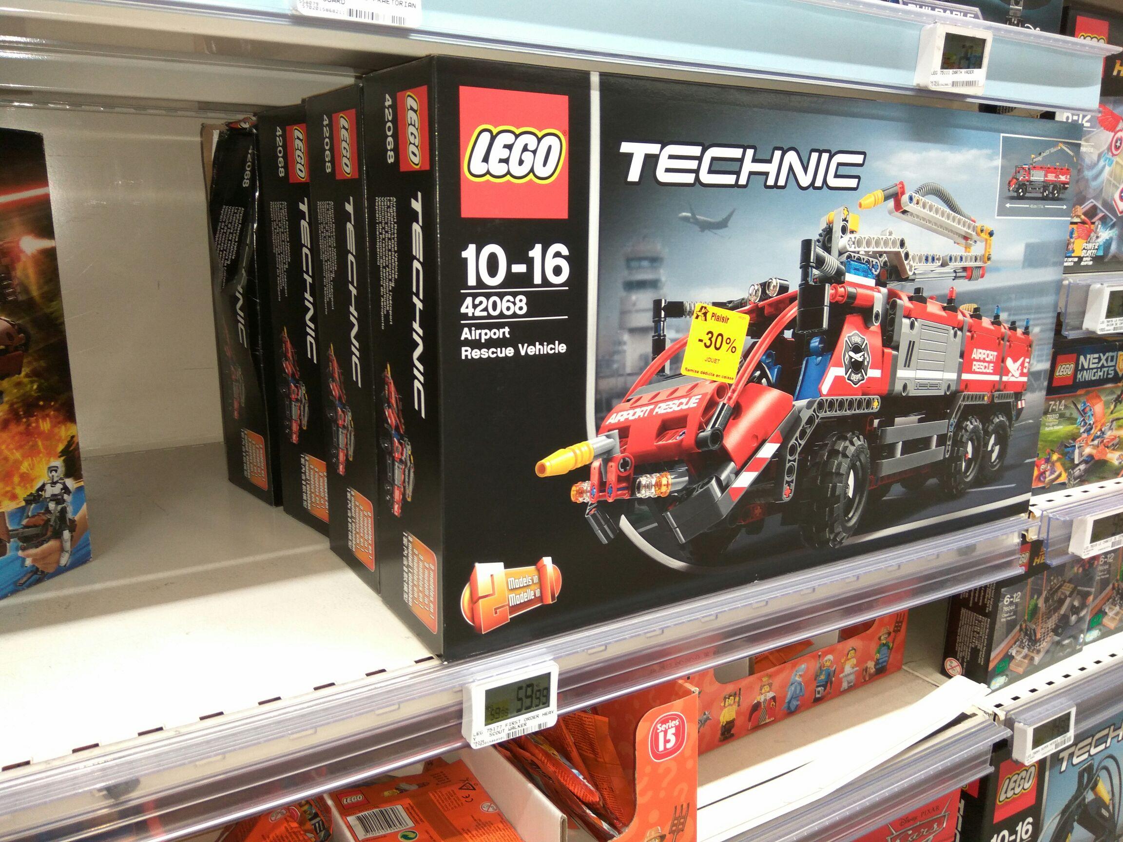 Jouet Lego Technic Le Véhicule de Secours de l'Aéroport n°42068 - Plaisir (78)