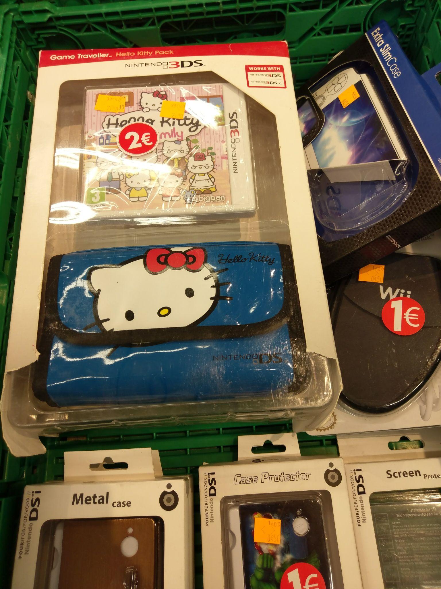 Sélection d'accessoire Wii,ds ou PS Vita en promotion - Ex : Pack Housse + Jeu Hello Kitty pour 3DS - Carrefour Saint Brice sous forêt (95)