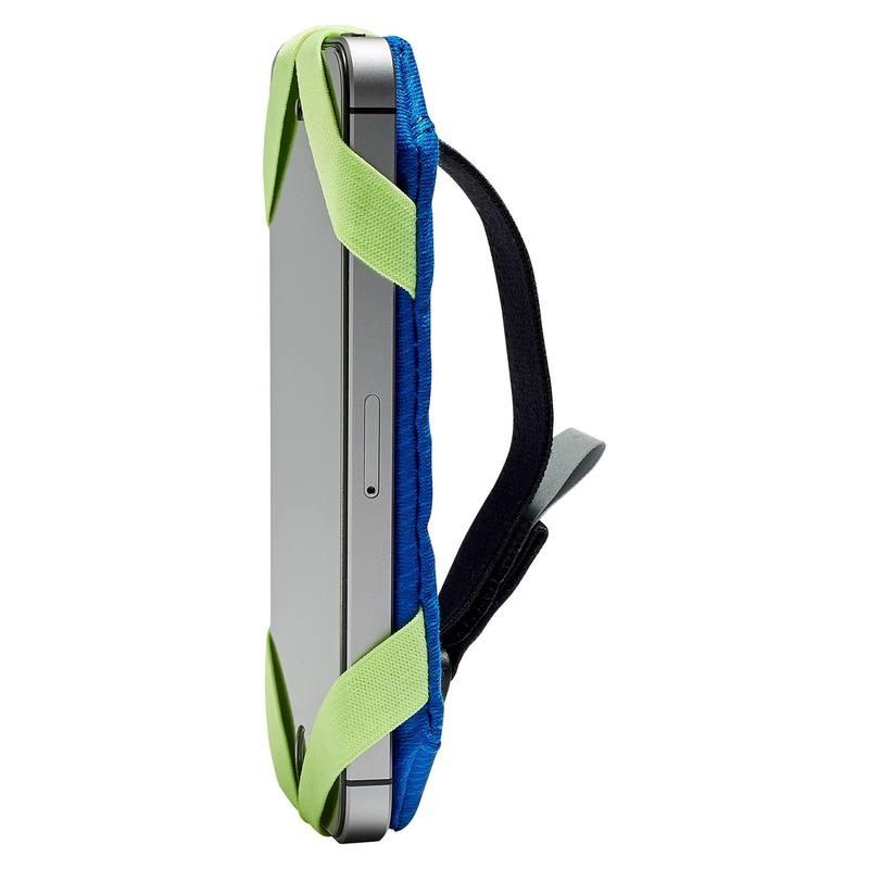 Portage smartphone à la main pour le running Kalenji