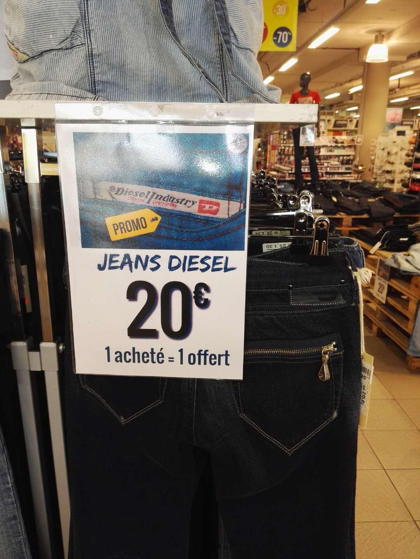 1 jean homme ou femme Diesel acheté = 1 offert chez Maxi Bazar Saint-Isidore Nice (06)