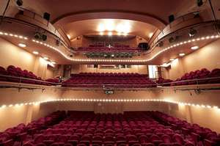 50% de réduction sur la 2ème place de théâtre achetée - le 14 février au Théâtres des Mathurins Paris 8ème (75)