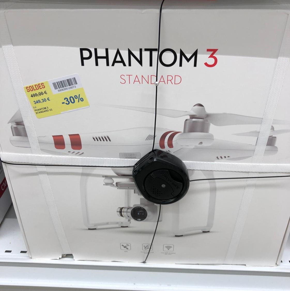 Drone quadricoptère DJI Phantom 3 standard - Carrefour millénaire Aubervilliers (93)