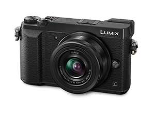 "Panasonic Lumix DMC-GX80 + objectif 12 - 32mm, 16 MP, 4/3"" Live MOS 4592 x 3448 pixels."