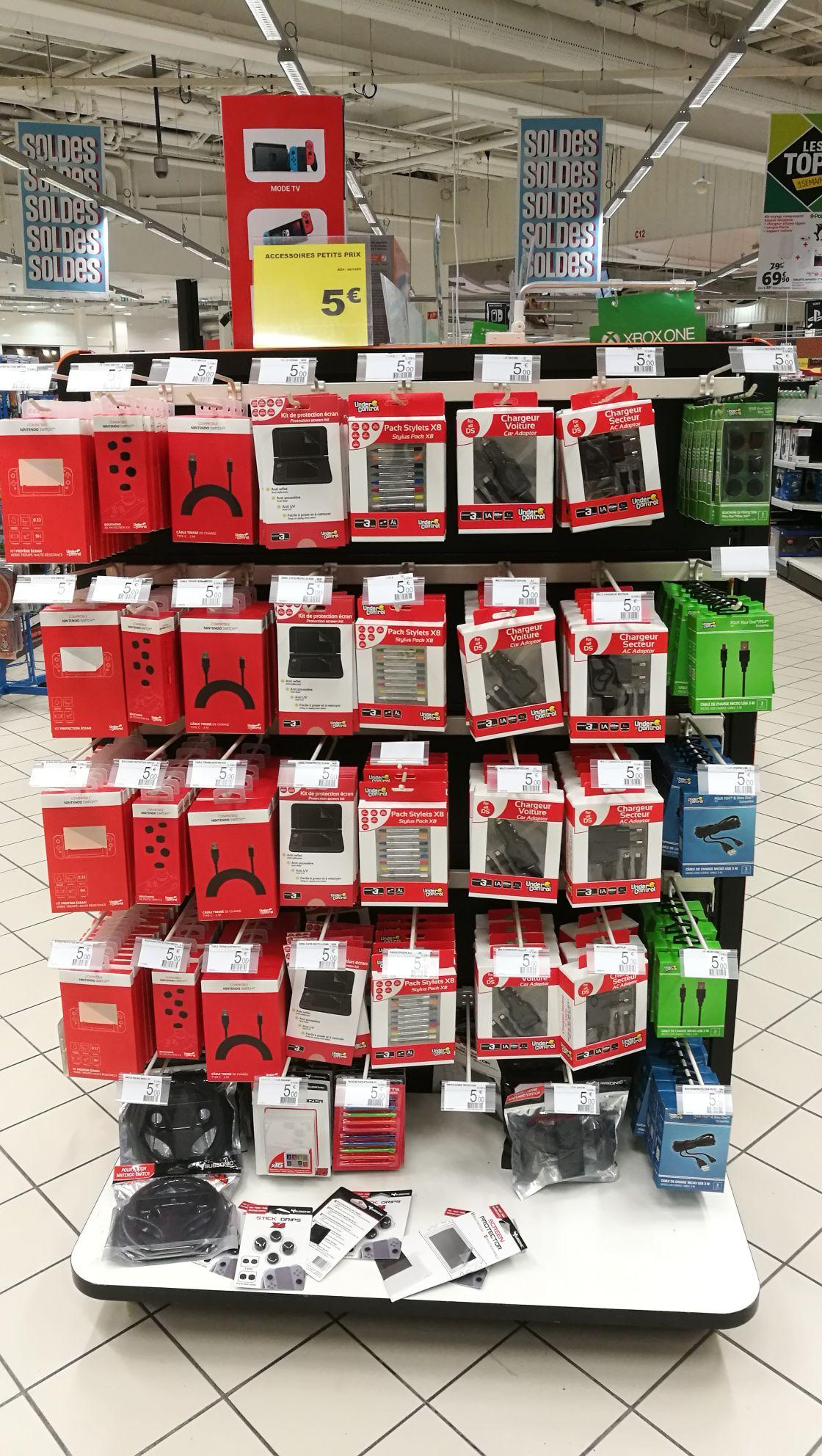 Sélection d'Accessoires Under Control pour Nintendo Switch à 5€ - Auchan Toulouse (31)