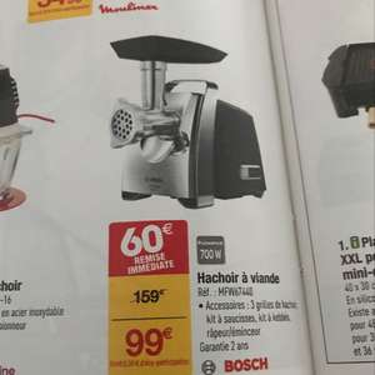 Hachoir à viande électrique Bosch MFW67440 (700 W) + accessoires