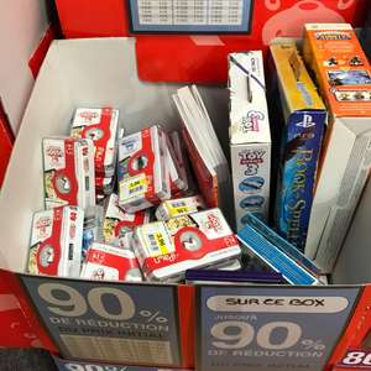 Jusqu'à 90% de réduction sur une sélection de jouets / jeux - Ex : Game Goose à 3.96€ (Orange 84)