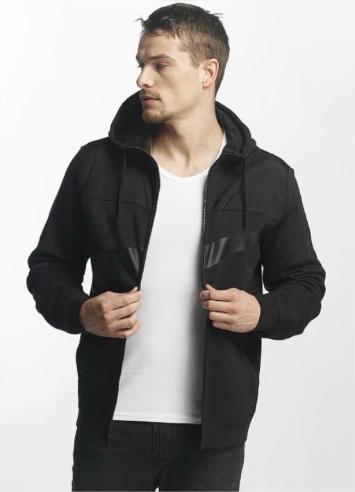 Jusqu'à -60% sur sélection Adidas, Nike et Under Armour - Ex: Sweat capuche zippé homme Nike NSW Fleece Hybrid - Noir