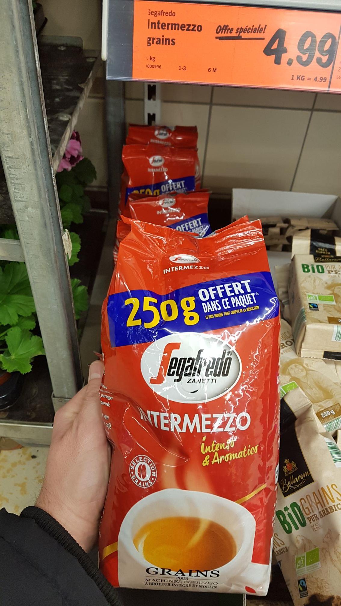 Café en grains Segafredo Intermezzo - 1Kg