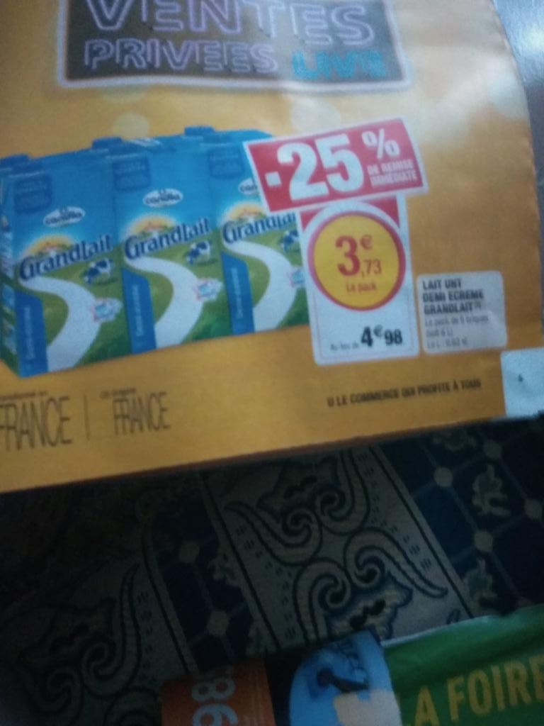Pack de 6 briques de lait demi-écrémé Candia GrandLait