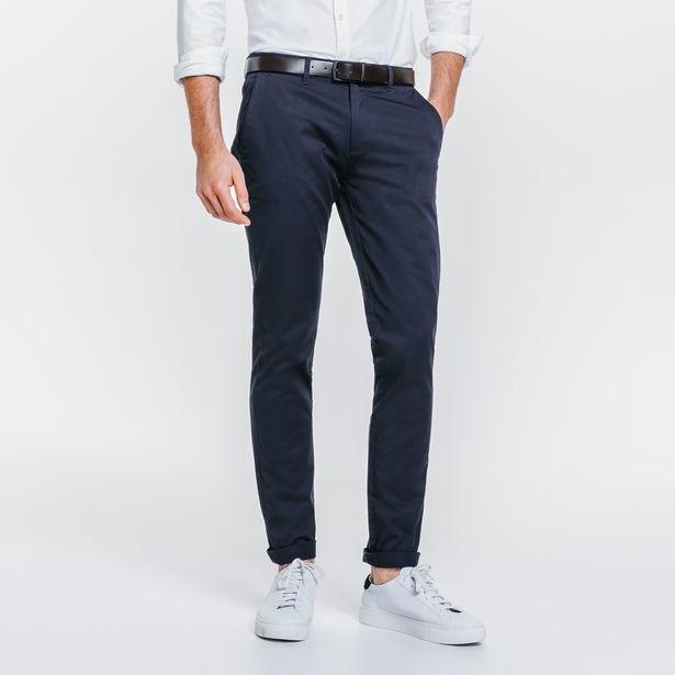 Jusqu'à 50% de réduction sur une sélection d'articles - Ex : Pantalon chino slim coton stretch (coloris au choix)