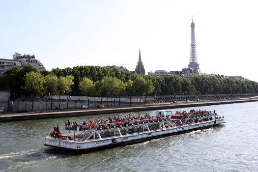 Une heure de croisière à Paris en bateau mouche