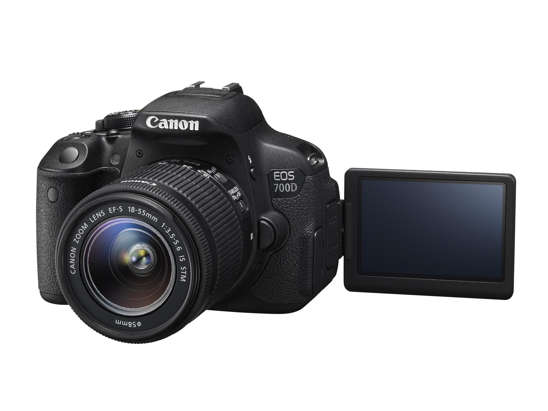 Appareil photo Reflex Canon Eos  700D + objectif 18-55 IS Stm