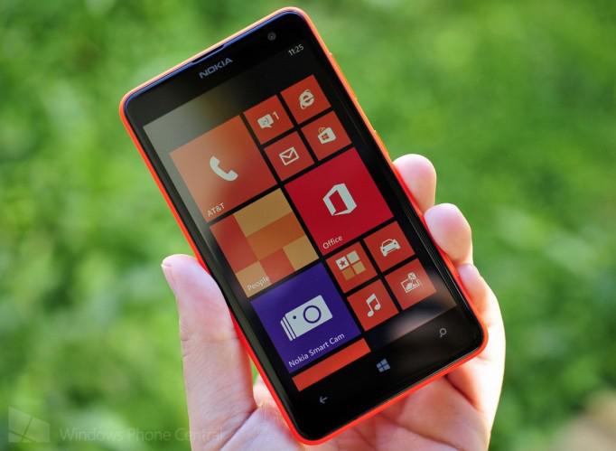 """Smartphone 4.7"""" Nokia Lumia 625 4G (ODR 30 €)"""