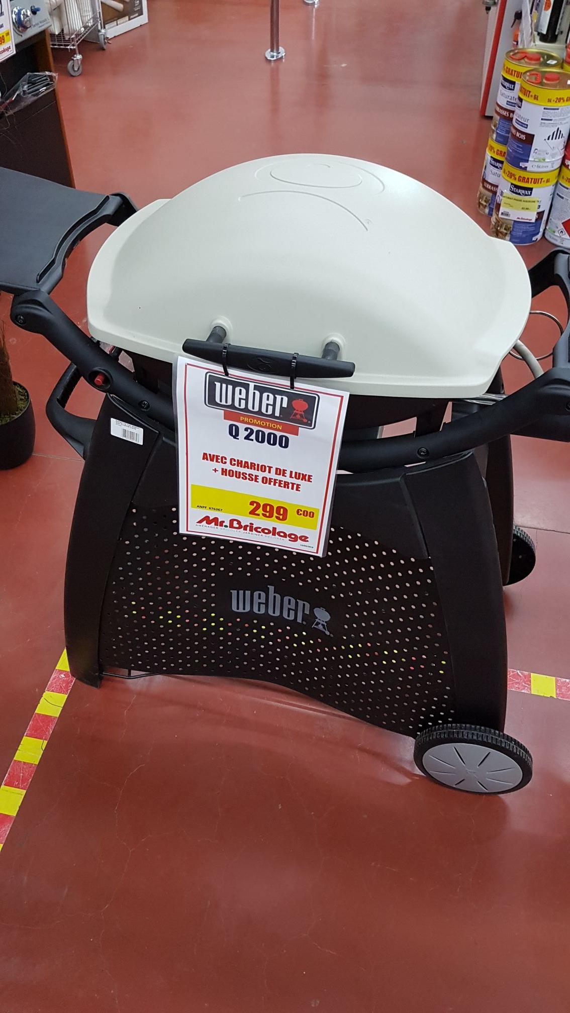 Barbecue à gaz Weber Q2000 + Chariot et housse - Obernai (67)
