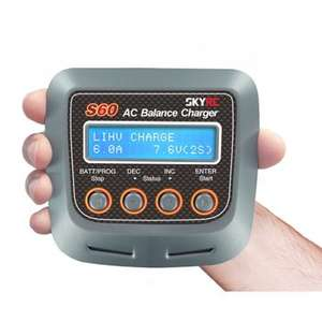 Chargeur de batterie RC Skyrc S60