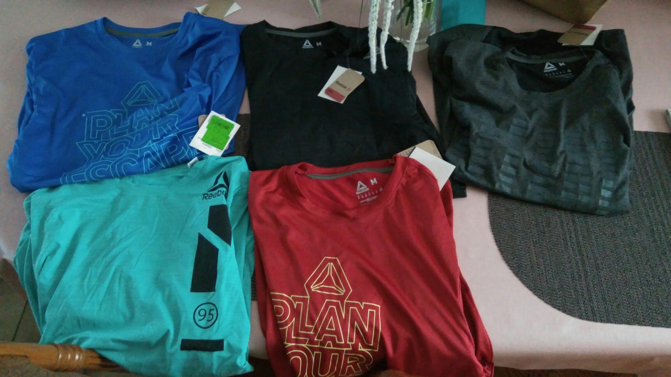 T-shirt ou short Reebok Crossfit - Taille M, Plusieurs modèles (Adidas Outlet Coquelles - 62)