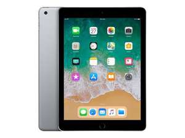 """Tablette 9.7"""" Apple iPad (2018) - 32 Go, Wi-Fi + 39€ en SuperPoints"""