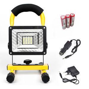 Projecteur LED Portable Rechargeable 30W - 2400LM + Batteries + Accessoires