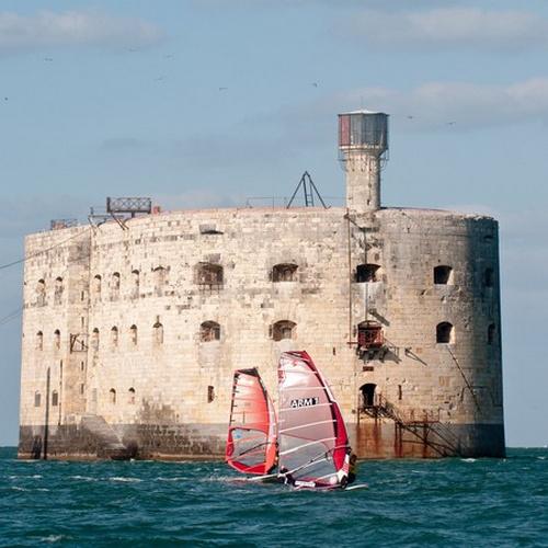 Promenade en mer à destination de Fort Boyard et/ou escale sur l'Île d'Aix pour 2 adultes ou en famille