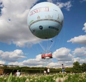 Vol à 150M d'altitude dans le ballon Generali (Paris)