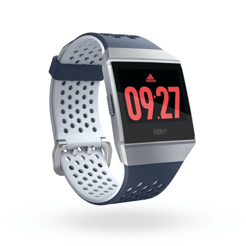 Sélection de produits en promotion - Ex: Montre GPS La Fitbit Ionic édition adidas (Frontaliers Suisses)