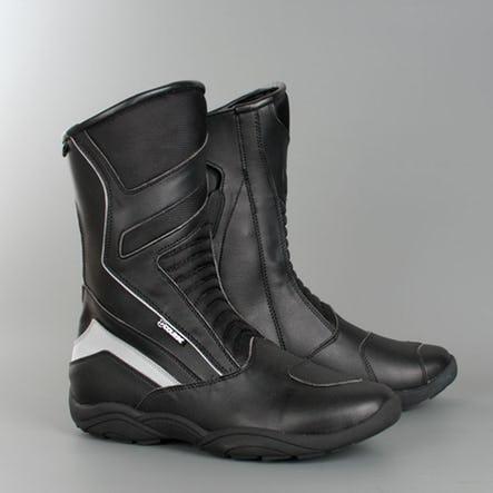 50% de réduction sur une sélection de Bottes et Chaussures de marque Course - Ex : Course Two Seasons