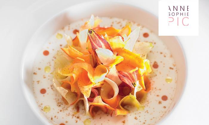 """2 menus Gastronomiques  """"Découverte"""" en 5 services au restaurant  3 étoiles la maison du PIC à Valence"""