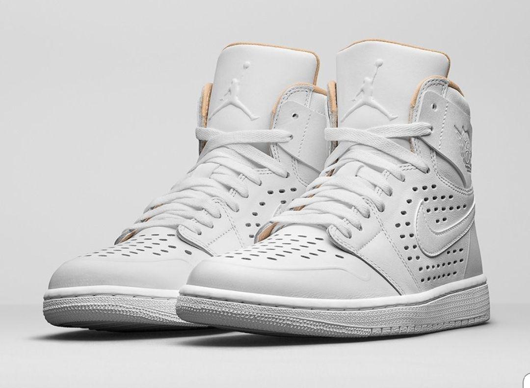 Baskets Air Jordan 1 Retro  High  ep-white pour Hommes - Tailles au choix