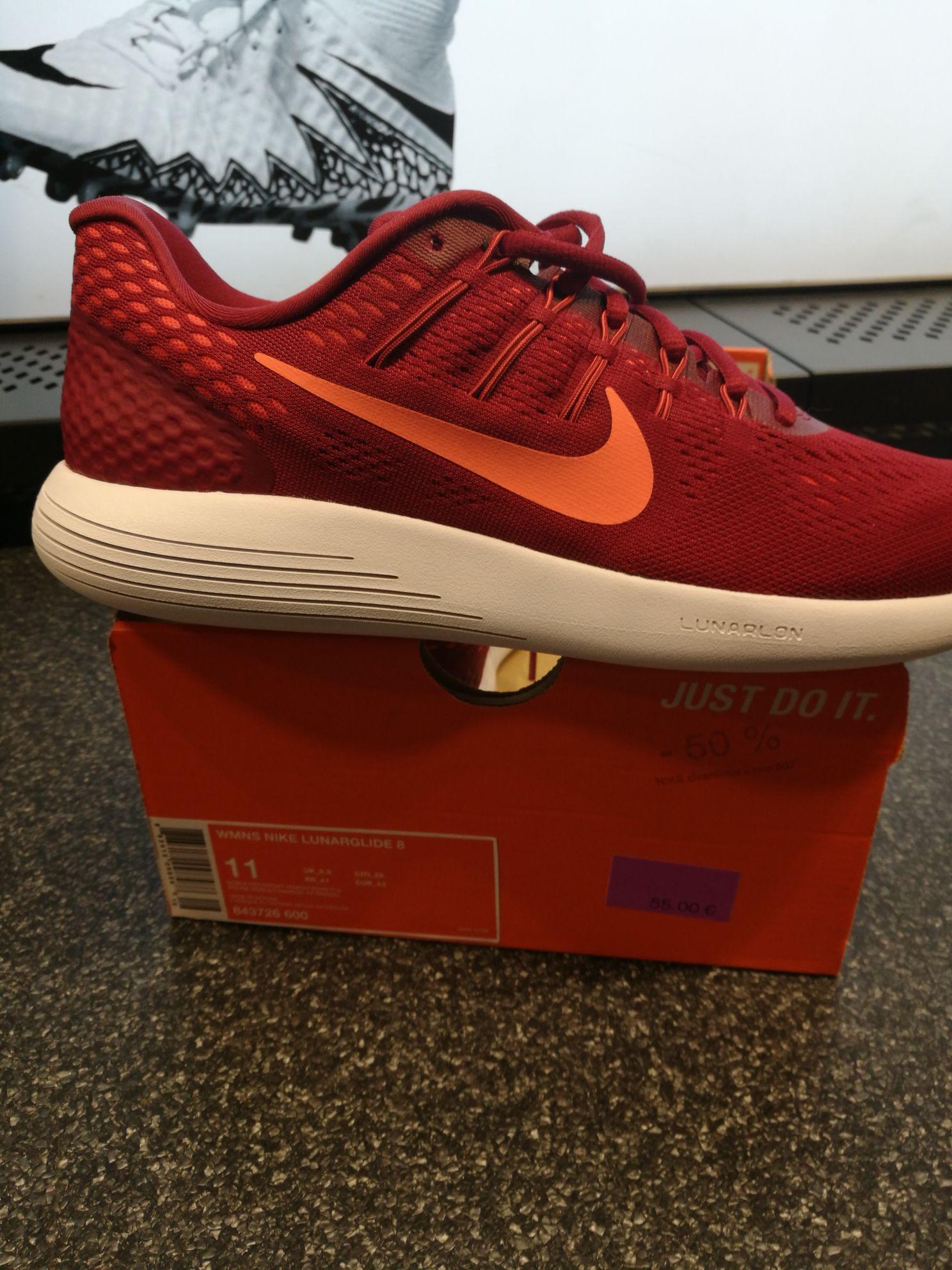 Jusqu'à 50% de réduction sur une Sélection de Chaussures - Ex : Nike