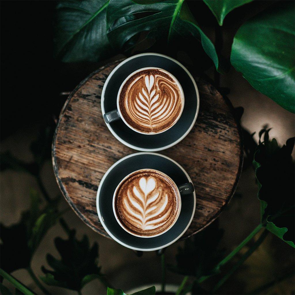Un mug offert aux 500 premiers clients Starbucks Carré Sénart