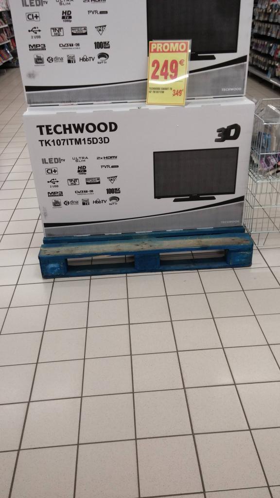 """Téléviseur 42"""" Techwood - 3D - 100Hz - 3DTK107ITM"""