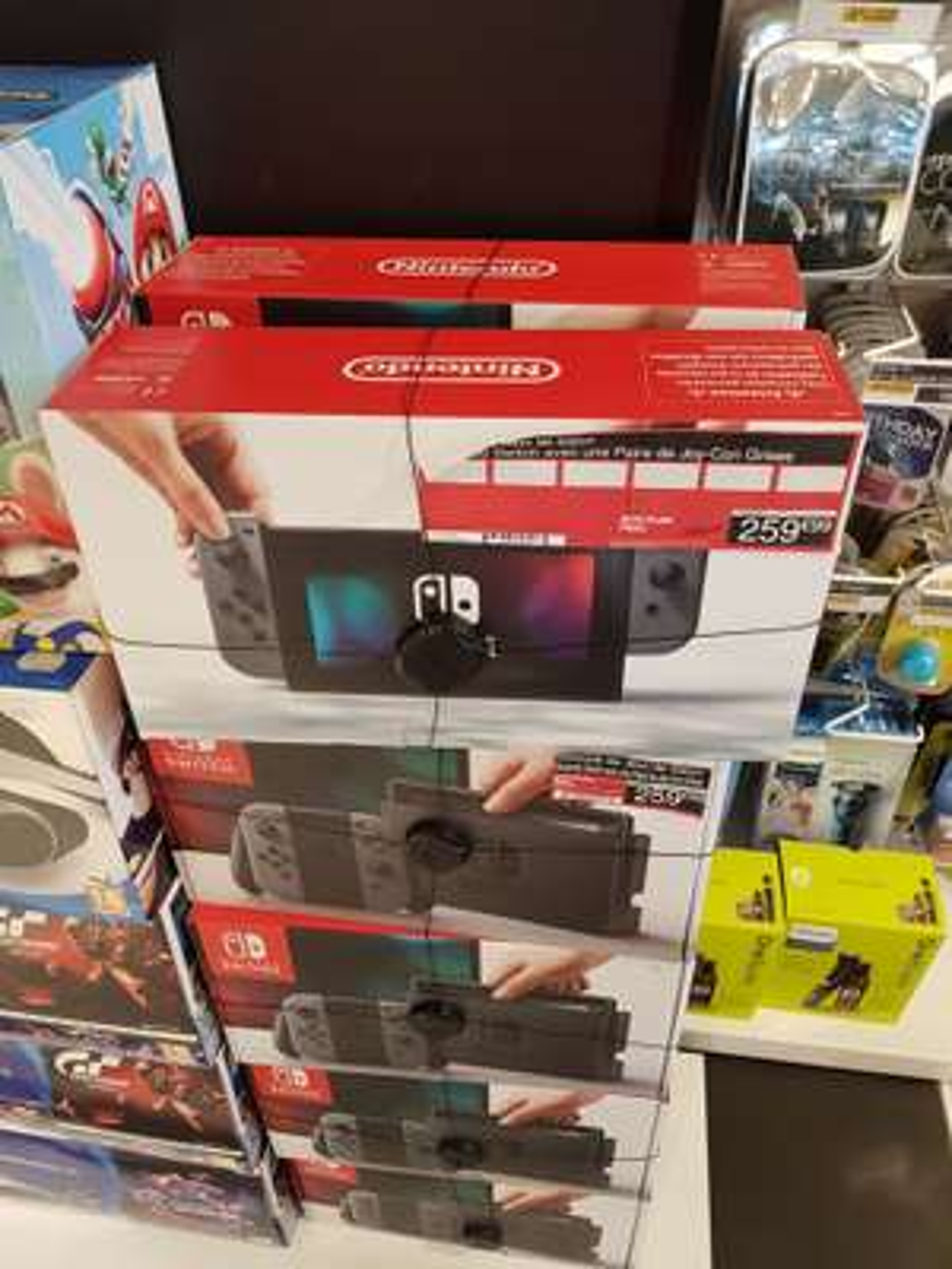 [Zone Duty-free] Console Nintendo Switch avec paire de Joycon grises - Terminal 2F (95)