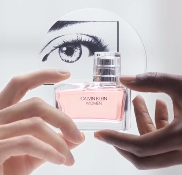 Échantillon du parfum Calvin Klein EDP Women en gratuit magasin
