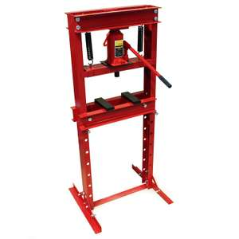Presse hydraulique d'atelier 12T à 73€ ou 20T à 105€ (Vendeur tiers)