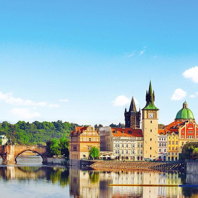 Sélection de Séjours à Prague à partir de 73€/p - Ex : 5 jours / 5 nuit en Hôtel **** (Petit-déjeuner inclus) avec Vol A/R depuis Paris du 25 au 30 novembre (Prix pour 2 personnes)