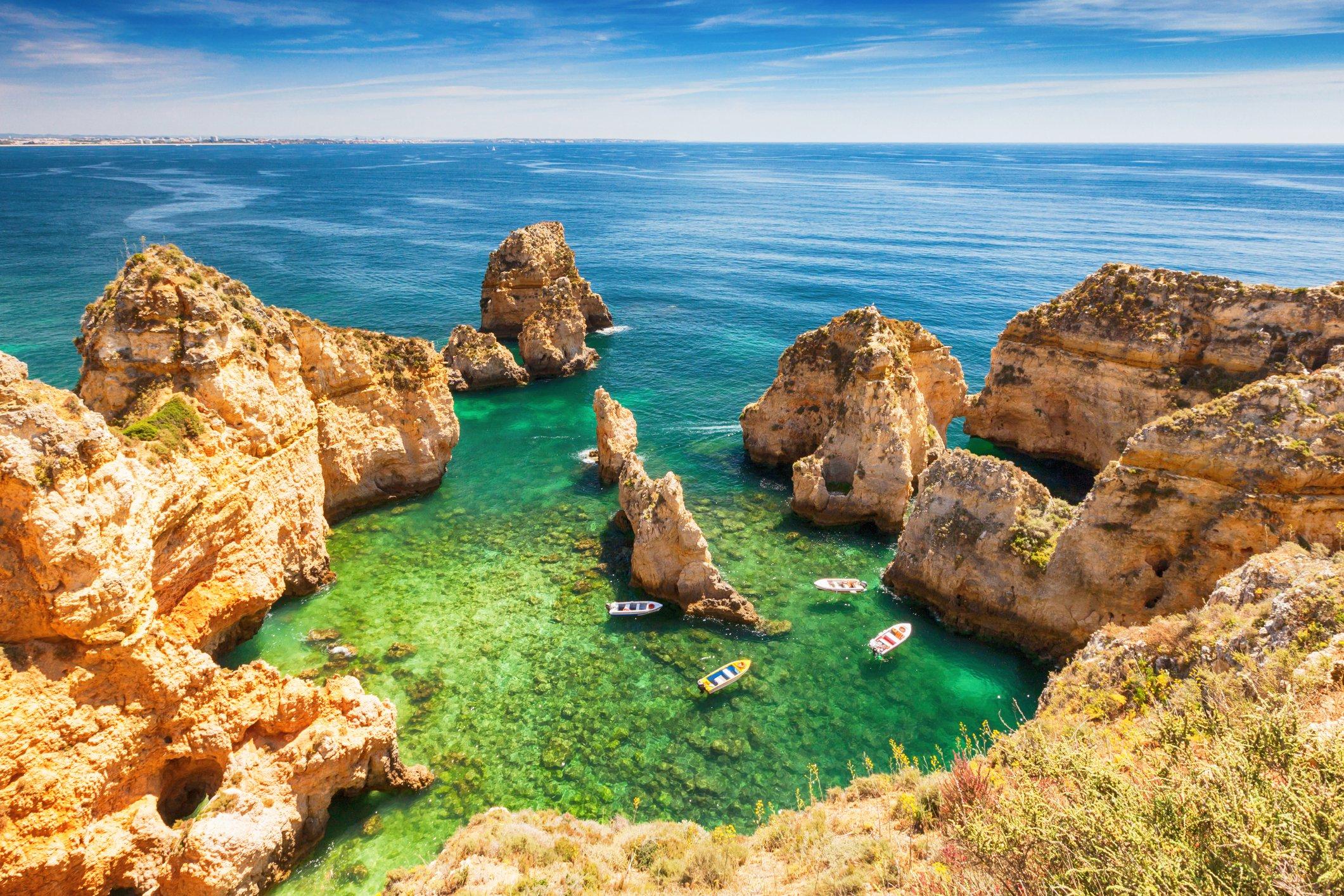 Séjour à Algarve (Portugal) : Vols A/R du 21 novembre au 24 novembre (Départ de Paris, Marseille, Toulouse, Bordeaux ou Nantes) + Hôtel 3Nuits à partir de 53€ (par personne)