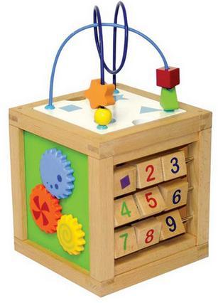 Cube d'activités en bois Parkfield - à partir de 18 mois