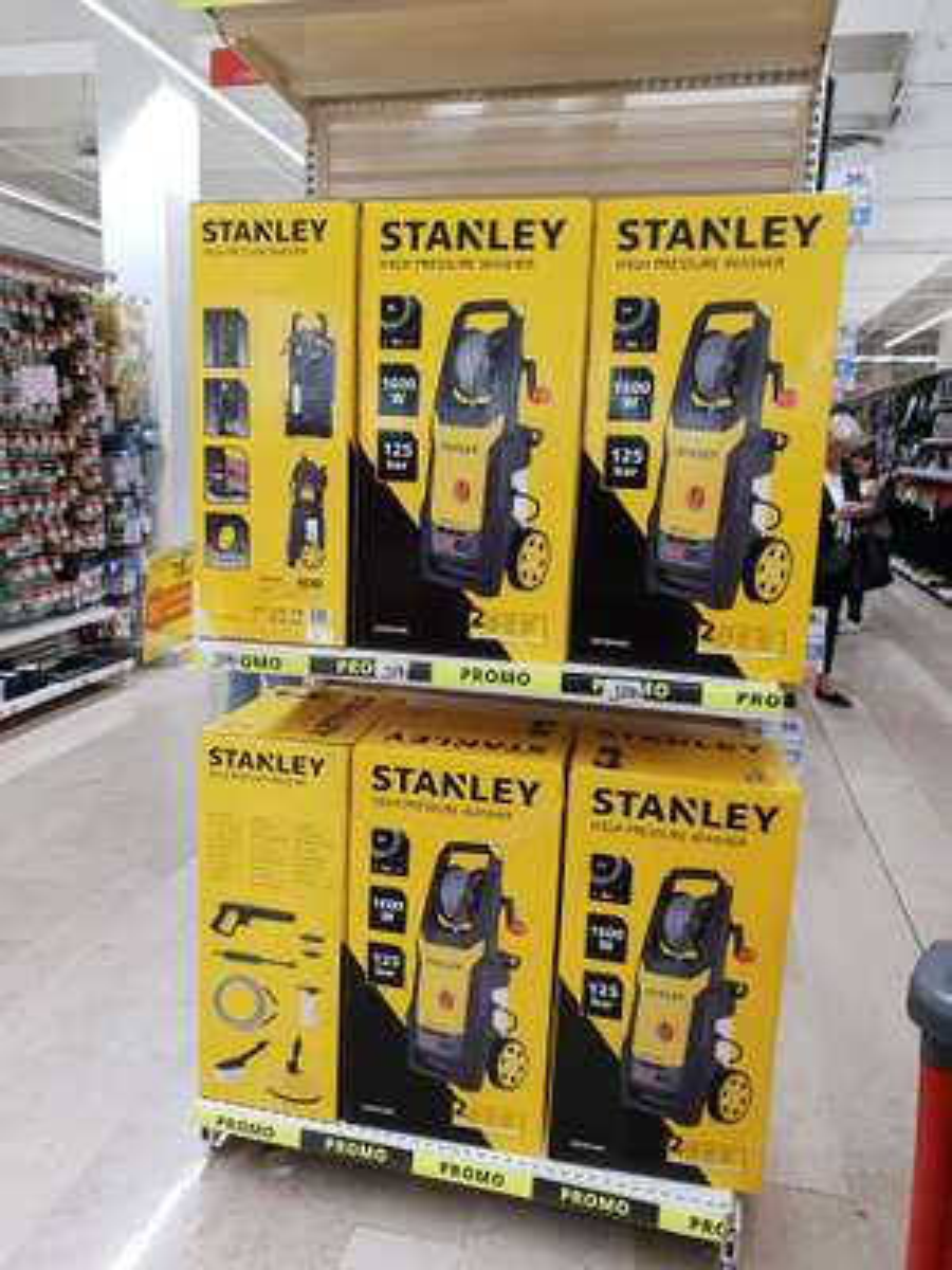 Nettoyeur haute-pression Stanley SXPW16E (125 bars, 1600 W, 240l/h) - Auchan
