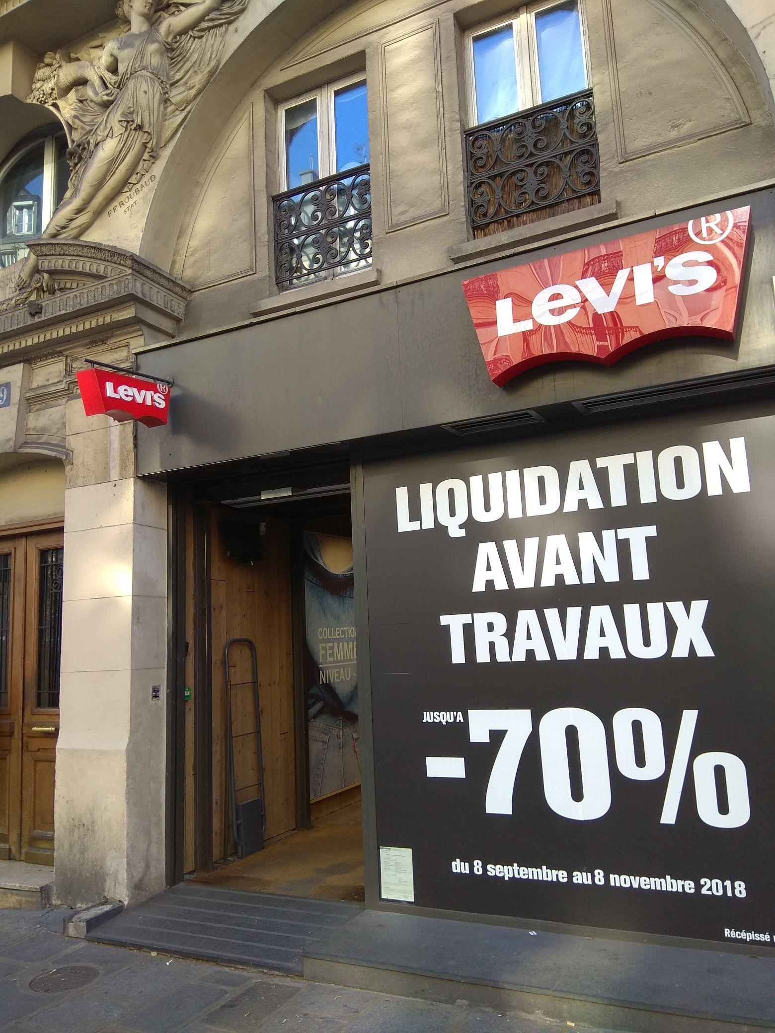Jusqu'à 70% de réduction sur tout le magasin (sauf nouvelle collection) - Rivoli (Paris 75001)