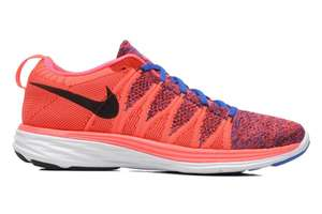 chaussures running Nike Flyknit Lunar2 rose