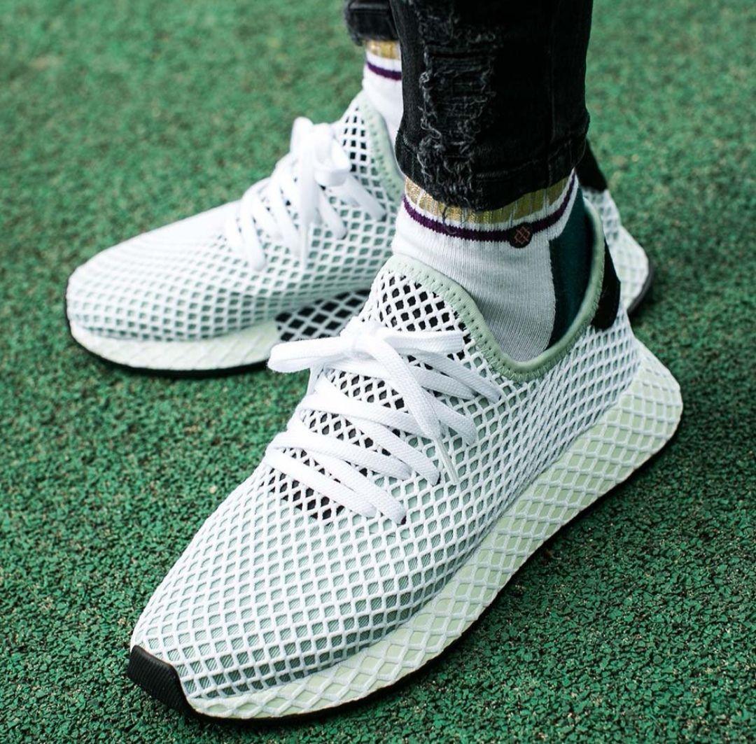Chaussures adidas Deerupt Runner W (du 37 au 44)