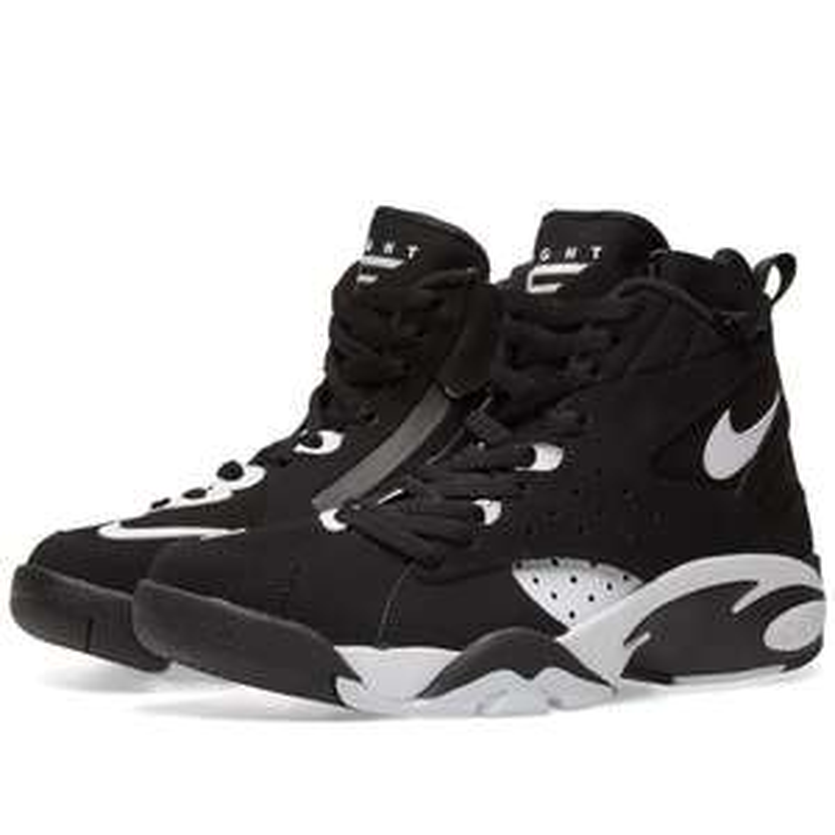 Baskets Nike Air Maestro II Noir/blanc (Tailles 44, 45 et 45,5)