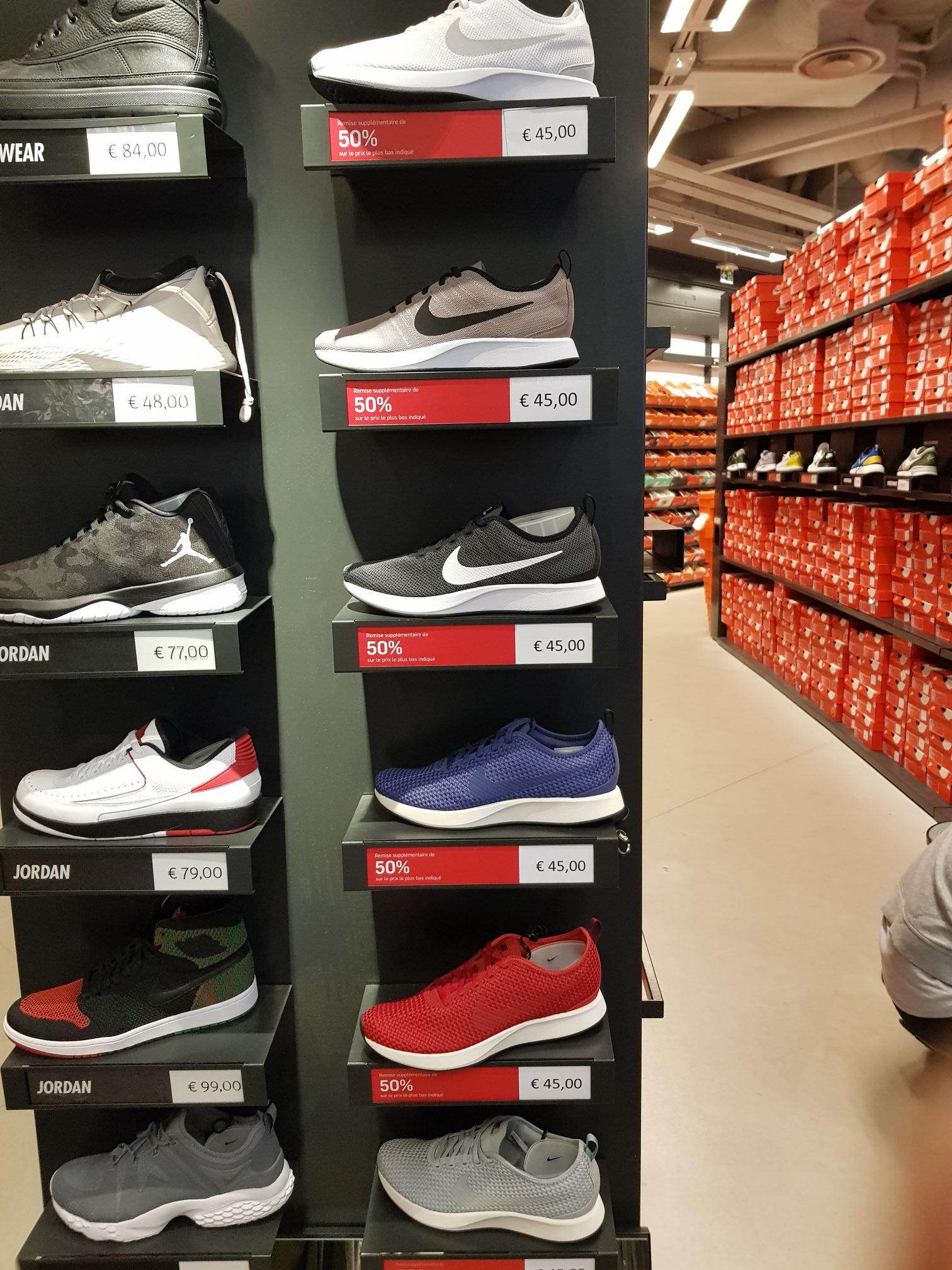 Baskets Nike Dualtone Racer Homme (Plusieurs coloris) - Nike Factory Aubergenville (78)